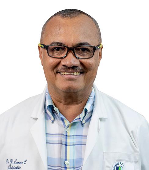 Dr. Manuel Carmona
